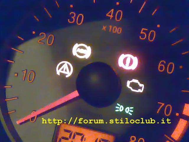 spie di avviso - Forum di Quattroruote Fiat Punto Quadro Spento on fiat stilo, fiat doblo, fiat 500 abarth, fiat coupe, fiat x1/9, fiat 500l, fiat ritmo, fiat linea, fiat spider, fiat barchetta, fiat cars, fiat 500 turbo, fiat panda, fiat seicento, fiat multipla, fiat cinquecento, fiat marea, fiat bravo,